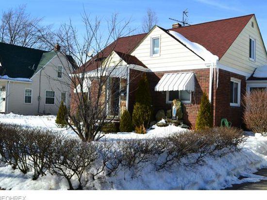 895 E Archwood Ave, Akron, OH 44306
