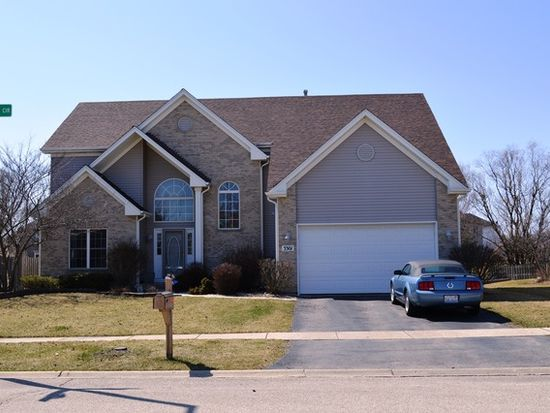 3301 Banford Cir, Lake In The Hills, IL 60156