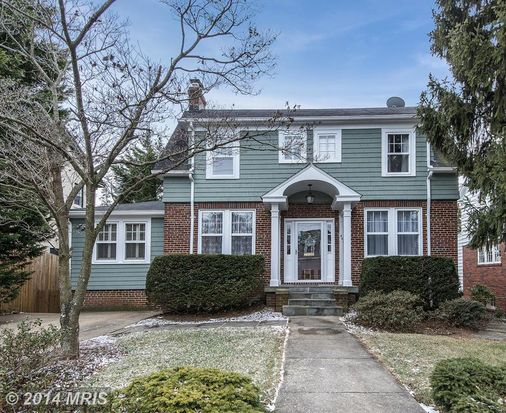 4632 Hunt Ave, Chevy Chase, MD 20815