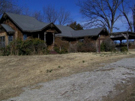 412 W Boston Ave, Yale, OK 74085
