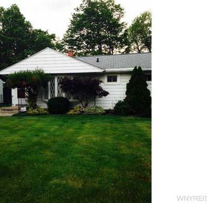 95 Pearce Dr, Amherst, NY 14226