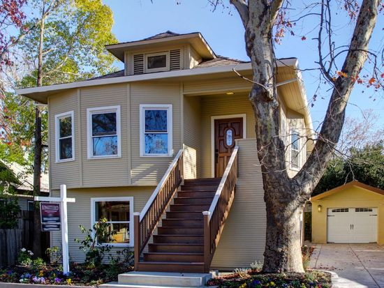 1051 34th St, Sacramento, CA 95816