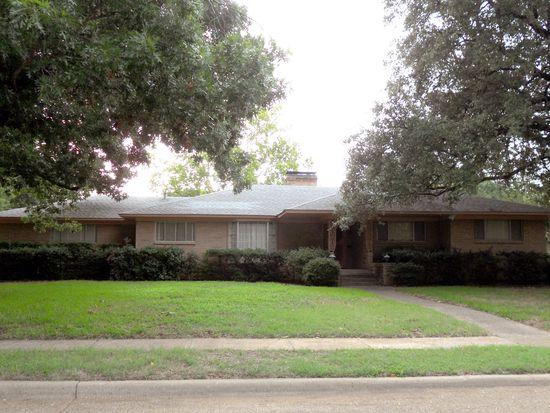 10208 Hedgeway Dr, Dallas, TX 75229