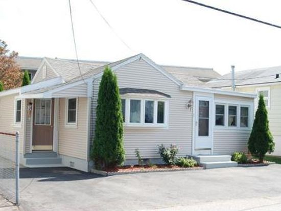 3 Viking St, Hampton, NH 03842