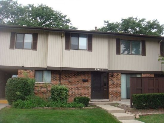 7348 Winthrop Way UNIT 5, Downers Grove, IL 60516