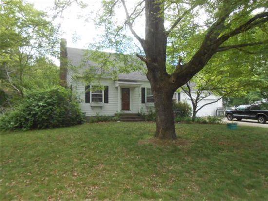 409 New Meadow Rd, Barrington, RI 02806