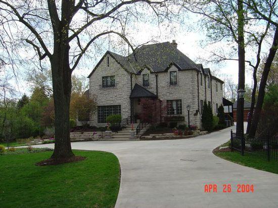 24 N Oak St, Crystal Lake, IL 60014