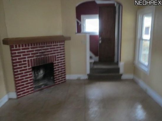 4321 W 48th St, Cleveland, OH 44144