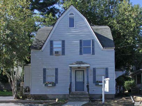 108 Lexington Ave, Oyster Bay, NY 11771
