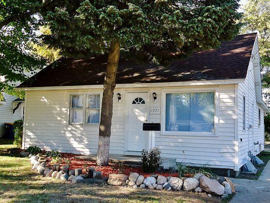 1221 Mason St NE, Grand Rapids, MI 49503