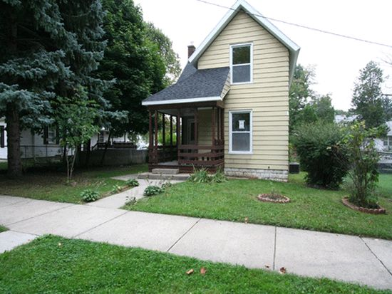144 Valley Ave NW, Grand Rapids, MI 49504