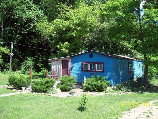 1166 Lockes Mill Rd, Milroy, PA 17063