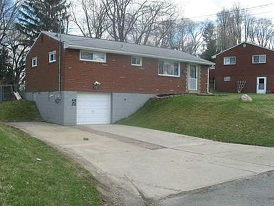 13 S Rolling Hills Ave, Irwin, PA 15642