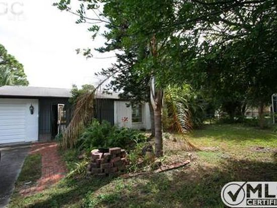 5899 Guest Ct, North Fort Myers, FL 33903