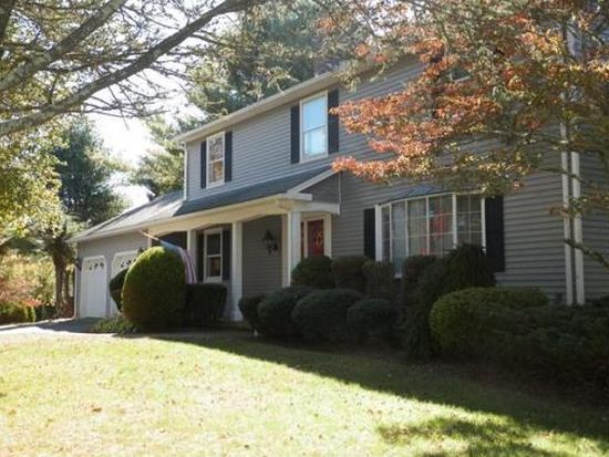 57 Tucker Ln, Dartmouth, MA 02747