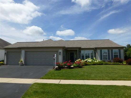 12621 Golf View Dr, Huntley, IL 60142