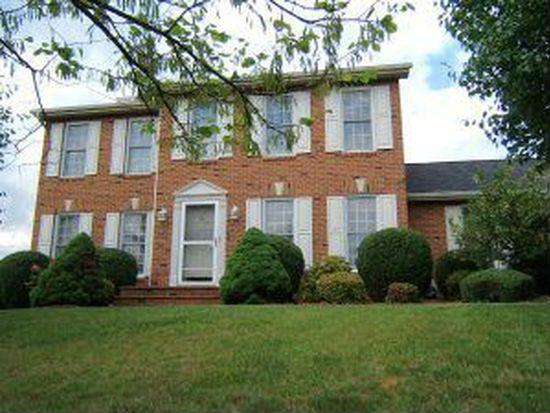 308 Applewood Dr, Roanoke, VA 24019