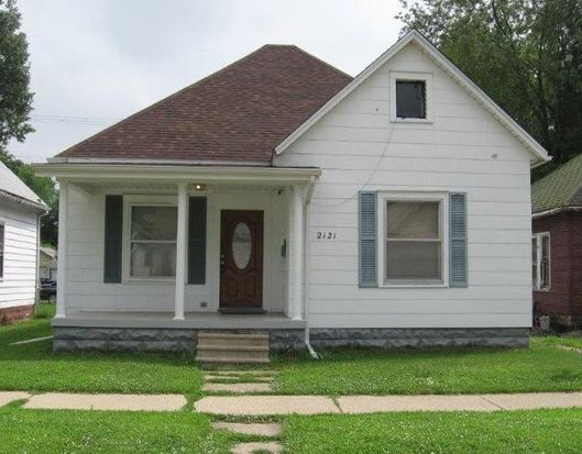 2121 1st Ave, Terre Haute, IN 47807