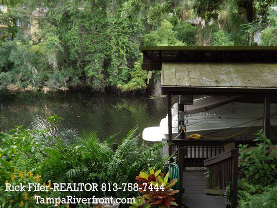 1428 E Park Cir, Tampa, FL 33604