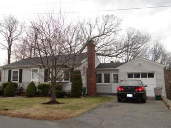 40 Newcomb Ave, Saugus, MA 01906