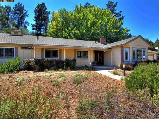 37 Lynwood Pl, Moraga, CA 94556