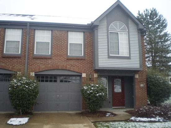 1882 Cliffview Ln, Florence, KY 41042