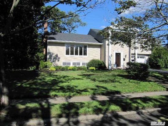 71 Wenwood Dr, Massapequa Park, NY 11762