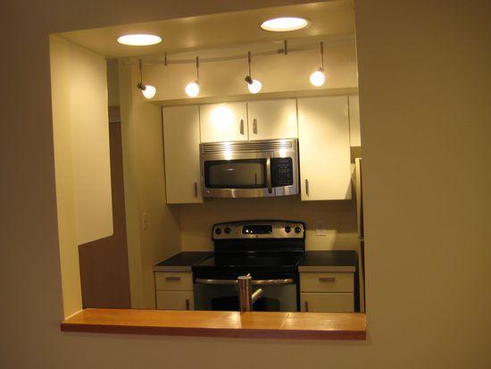 2111 Wisconsin Ave NW APT 202, Washington, DC 20007