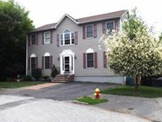 17 Gallant Rd, Peabody, MA 01960
