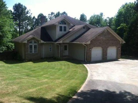 2507 Country Club Rd, Lanett, AL 36863