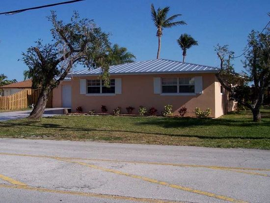 1521 Binney Dr, Fort Pierce, FL 34949