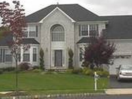 11 Klee Ct, East Windsor, NJ 08520