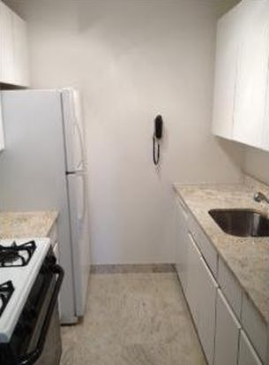250 E 40th St APT 22B, New York, NY 10016