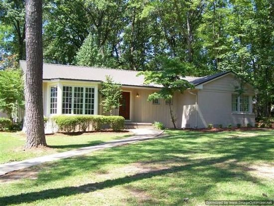 707 Valley Rd, Kosciusko, MS 39090
