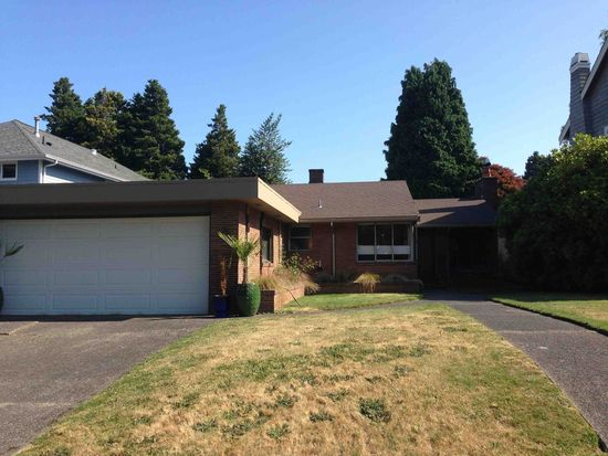 7516 Fairway Dr NE, Seattle, WA 98115