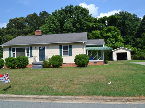 609 Meadow St, Gibsonville, NC 27249