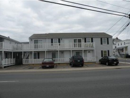 89 Ashworth Ave APT 6, Hampton, NH 03842