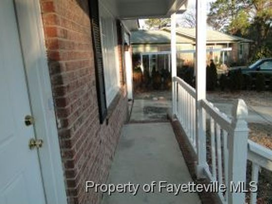 4411 Moonstone Ct, Fayetteville, NC 28311