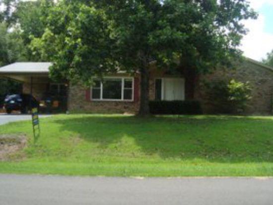371 Cherokee Ln, Huntingdon, TN 38344