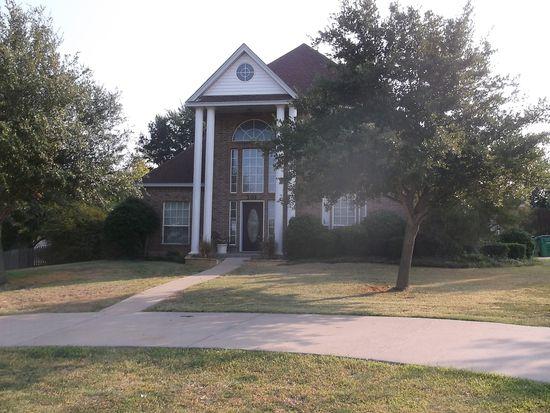201 Creekview Ct, Crandall, TX 75114
