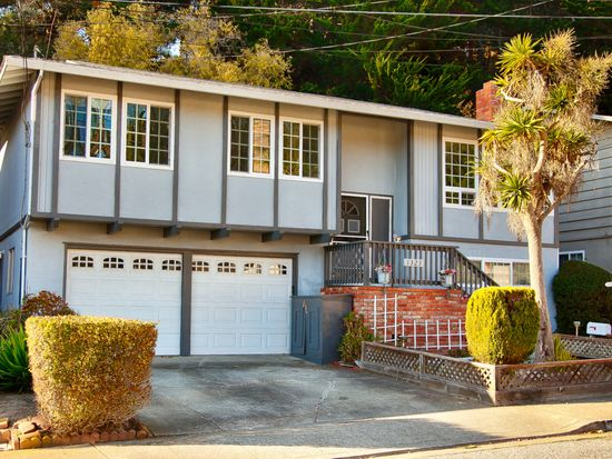 1323 Poplar Ave, Pacifica, CA 94044