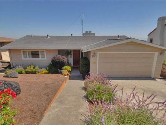 1561 Sixth Ave, Belmont, CA 94002
