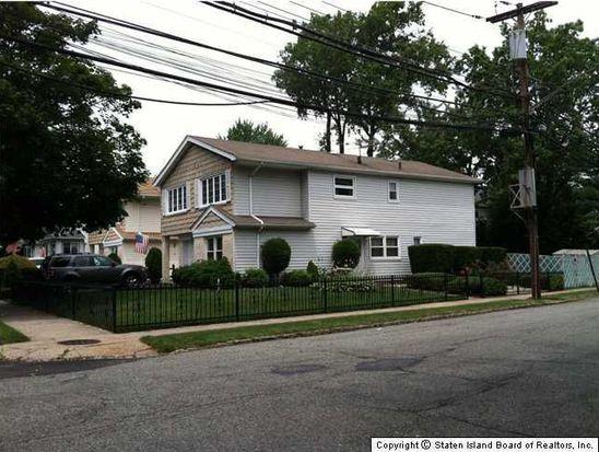 6 Escanaba Ave, Staten Island, NY 10308