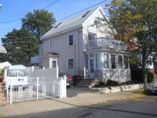 32 Crescent Ave, Revere, MA 02151