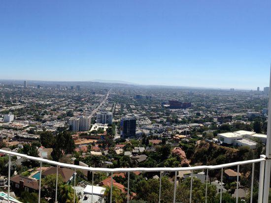 8660 Hollywood Blvd, Los Angeles, CA 90069