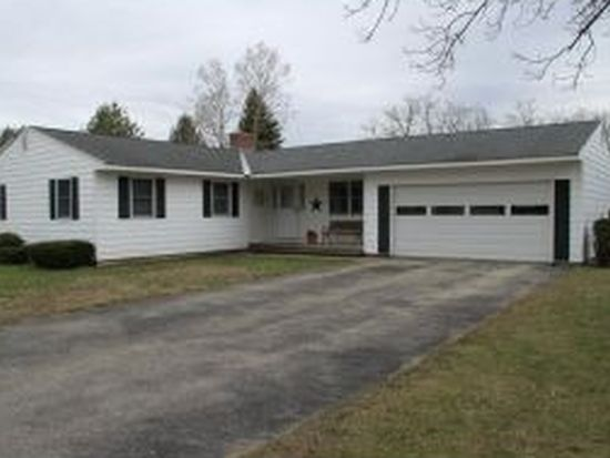29 Cyr Ct, Bennington, VT 05201