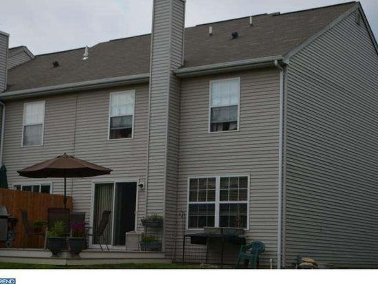 6197 Mountain Laurel Ct, Pipersville, PA 18947