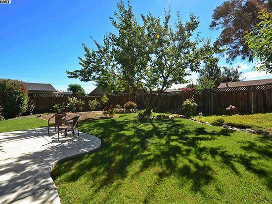 363 Burgess St, Livermore, CA 94550