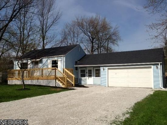 1387 Deermont Ave, Madison, OH 44057