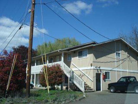 624 NE Housley Ave APT 6, Roseburg, OR 97470